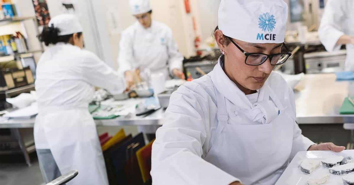 Certificate IV In Commercial Cookery (International)